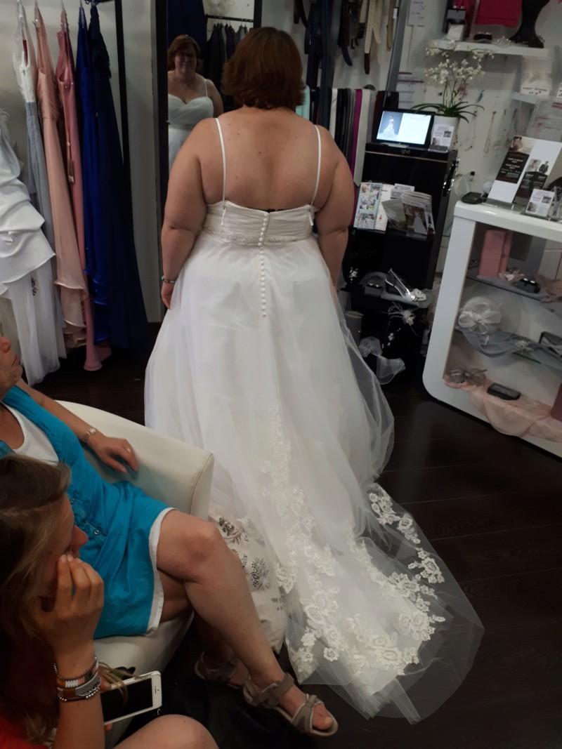 Robes de mariées - Page 10 20180623