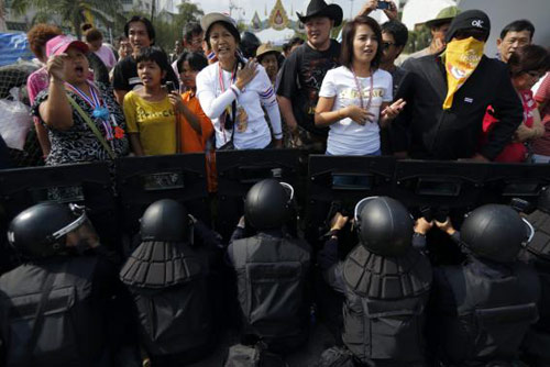 Tình hình Thái Lan - Page 3 13923610