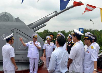 Thành lập Lữ đoàn Tàu pháo-Tên lửa 167 Vùng 2 Hải quân 25035410