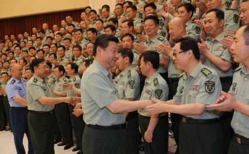 Tập Cận Bình: Vị Tổng tư lệnh PLA nhiều ảnh hưởng 27331110