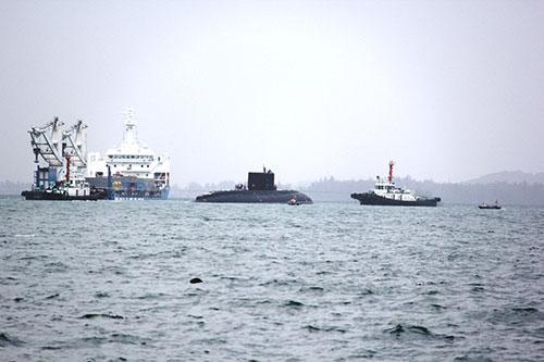 Tàu ngầm HQ 183 Hồ Chí Minh H1_tdl10