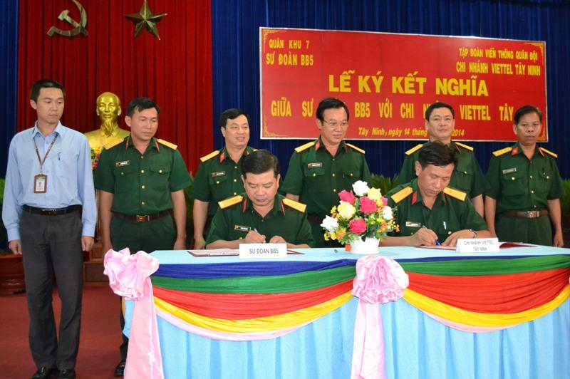 Sư đoàn BB5 kết nghĩa với Viettel Tây Ninh Ky20ke10