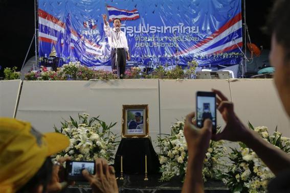 Tình hình Thái Lan - Page 4 Tai_xu49