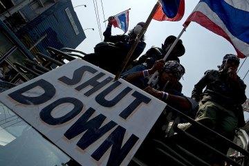 Tình hình Thái Lan - Page 2 Thai_e10