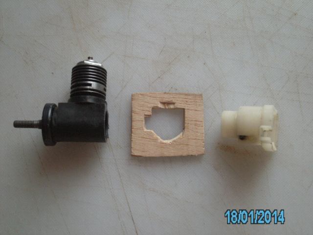 """""""Pipe Bomb"""" engine mounting Pict0018"""