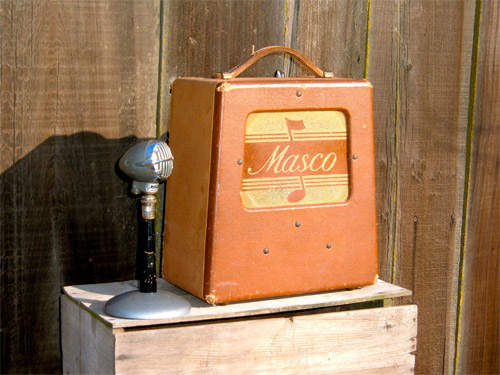 Very cool amp guitar............ - Page 2 Masco_10
