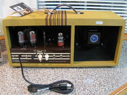 Very cool amp guitar............ - Page 3 Va-55310