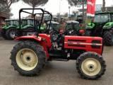 Petits tracteurs 4 roues motrices 20130210