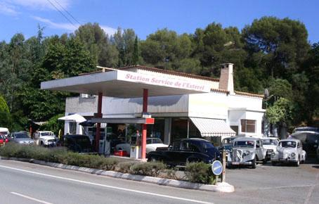 Les Stations-Service & les Garages 1307-e10