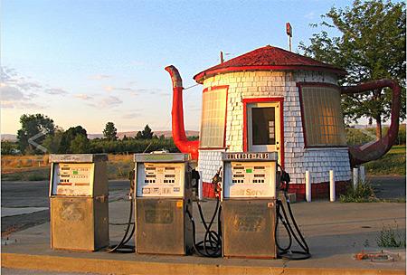 Les Stations-Service & les Garages 2011-010
