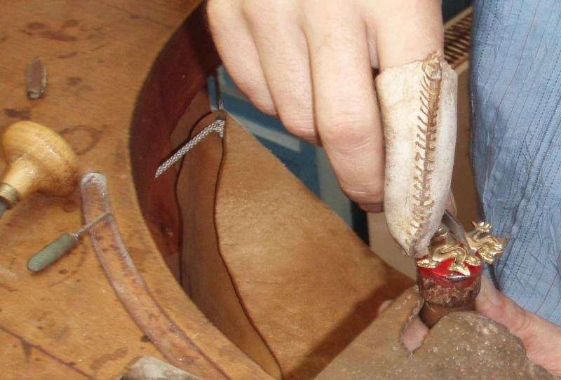 Pendentif salamandre Or blanc palladié - Page 2 Atelie10