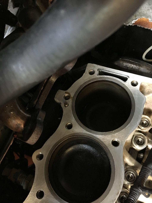 Moteur V8 Turner HS Img_9010