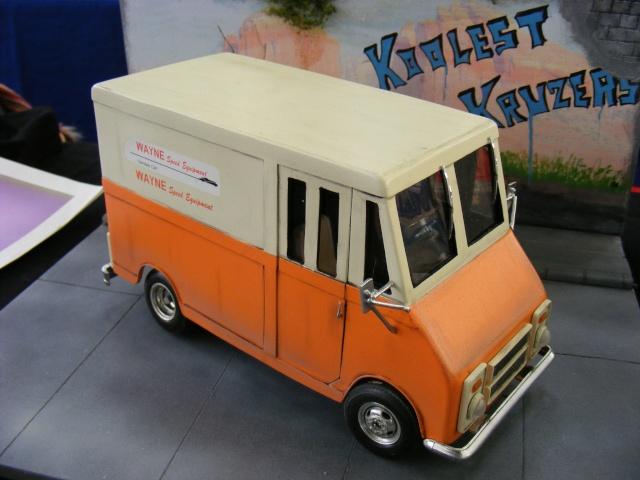 Chevy Step van (scratch) Dscf0910