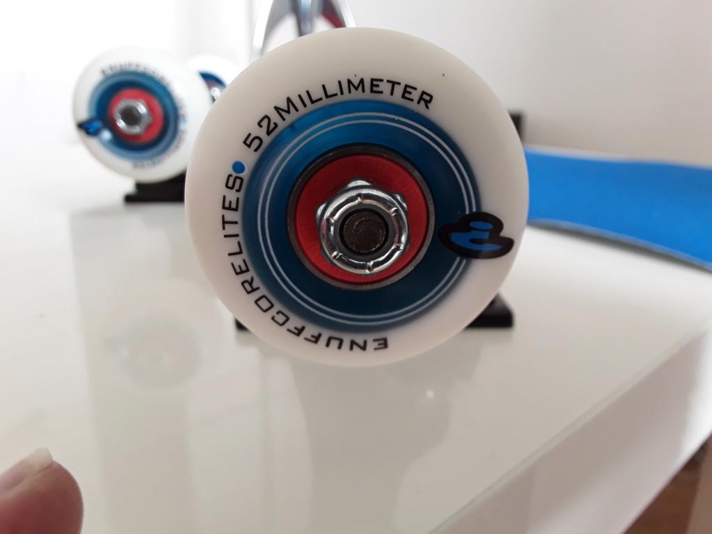Skateboard complet neuf  20200613