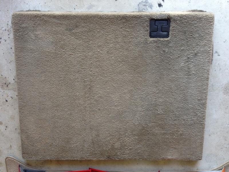 [VENDUS] Diverses pièces pour P38, volants bois cuir, Antibrouillards, serrures, etc... Img_0618