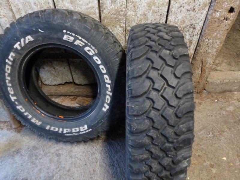 Vend 2 BF goodrich mud terrain en 215/75 R15 vendu P1040110