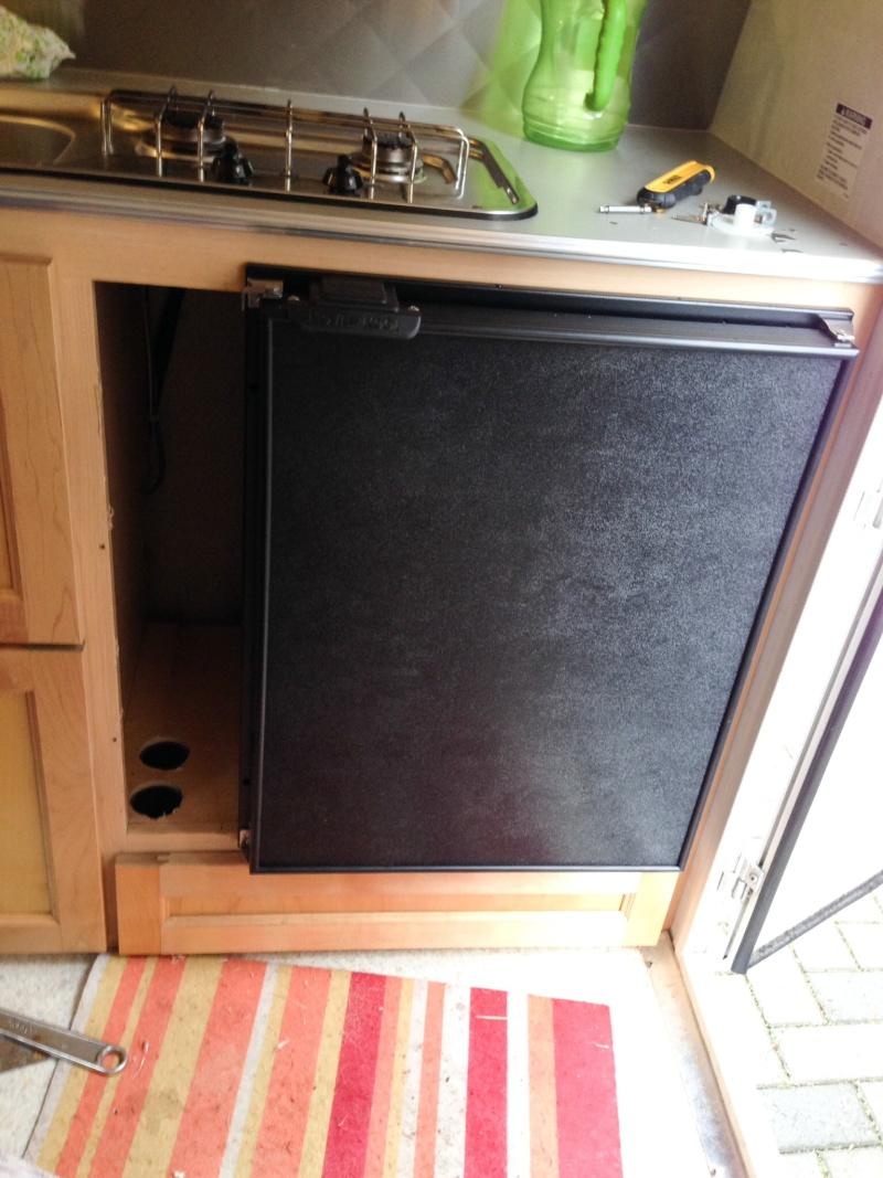 Remplacement du frigo Norcold 3 voies par un Novakool R3000 12 V Image12