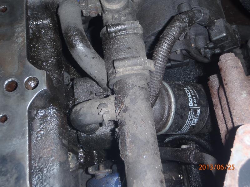 belle fuite d huile sur mon s2 P6250012