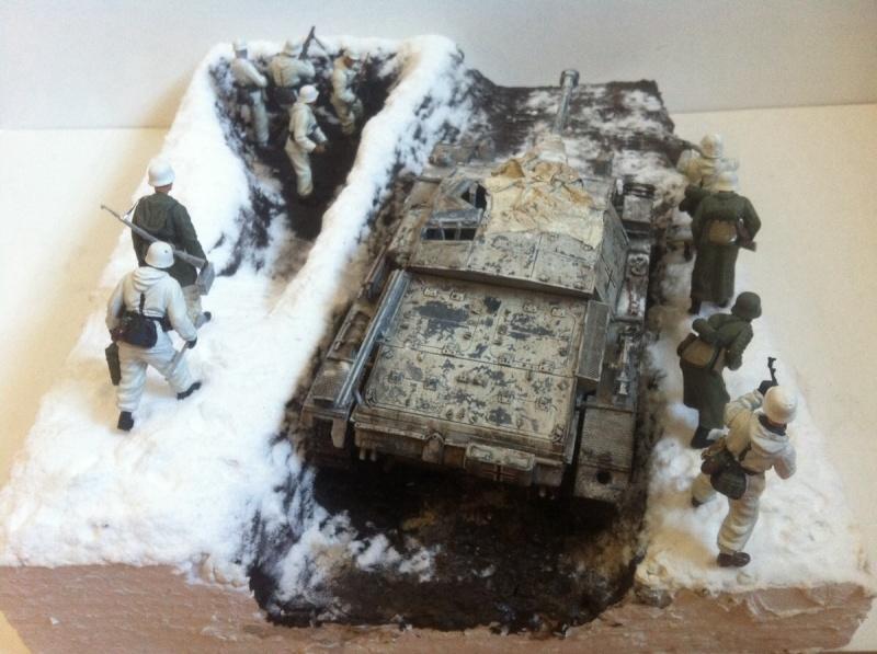 Stug III Ausf. C/D w/7.5cm L48 [Cyber Hobby 1/35] -Terminé- - Page 2 Img_0030