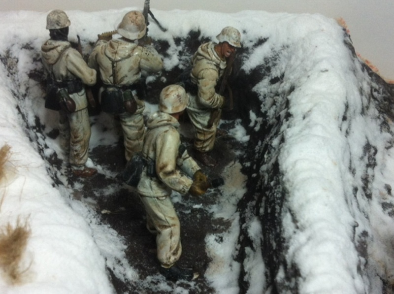 Stug III dans la boue en appui d'infanterie. Img_0128