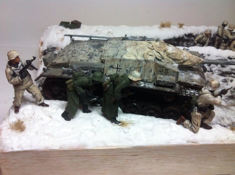 Stug III dans la boue en appui d'infanterie. Img_0129