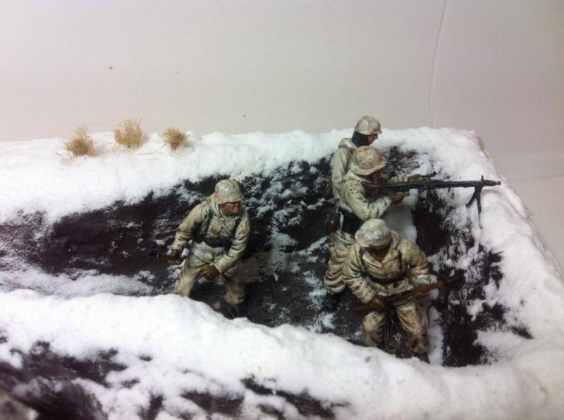 Stug III dans la boue en appui d'infanterie. Img_0130