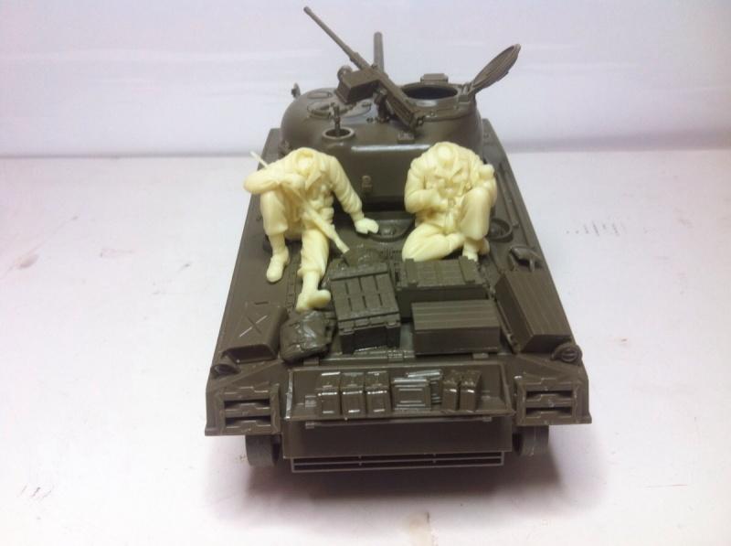 Sherman M4A3 75mm [1/35 Tamiya] -Terminé- Img_0146