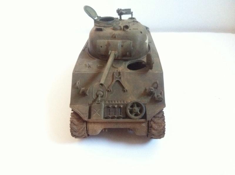 Sherman M4A3 75mm [1/35 Tamiya] -Terminé- - Page 2 Img_0217