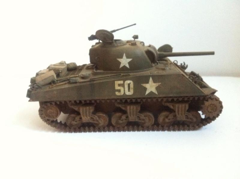 Sherman M4A3 75mm [1/35 Tamiya] -Terminé- - Page 2 Img_0220