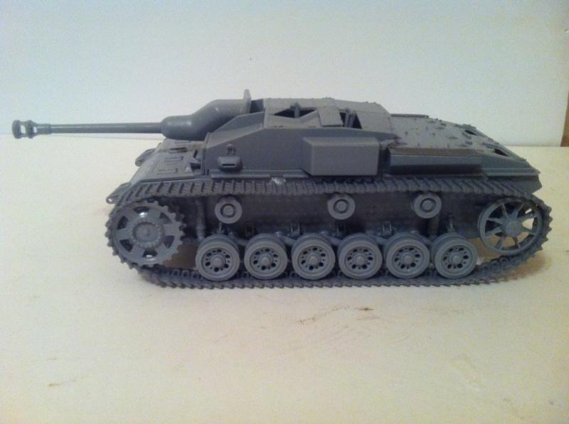 Stug III Ausf. C/D w/7.5cm L48 [Cyber Hobby 1/35] -Terminé- Img_0952