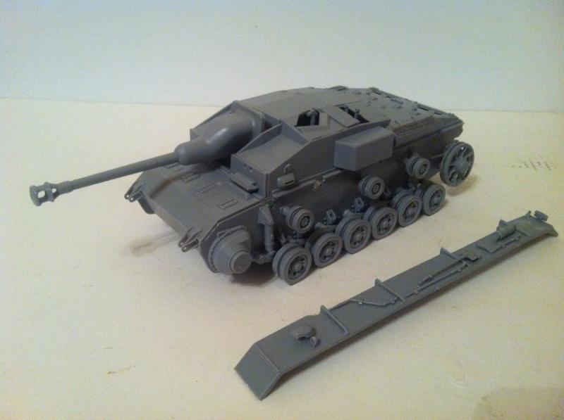 Stug III Ausf. C/D w/7.5cm L48 [Cyber Hobby 1/35] -Terminé- Img_0956