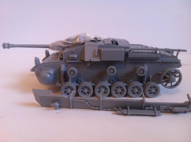 Stug III Ausf. C/D w/7.5cm L48 [Cyber Hobby 1/35] -Terminé- Img_0957