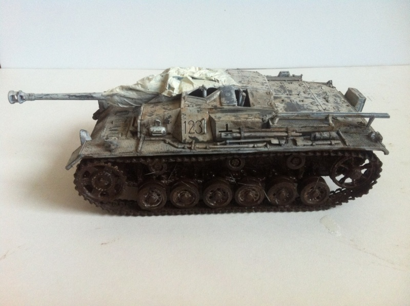 Stug III Ausf. C/D w/7.5cm L48 [Cyber Hobby 1/35] -Terminé- - Page 2 Img_1010