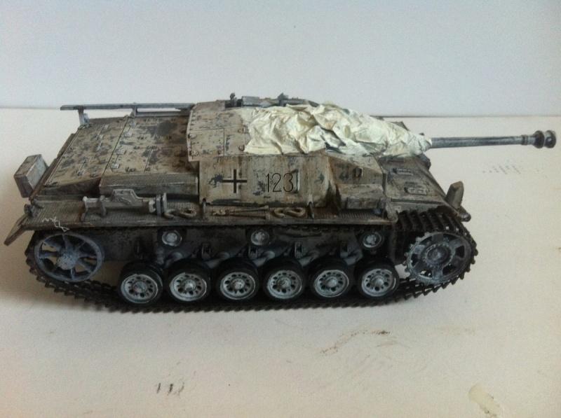 Stug III Ausf. C/D w/7.5cm L48 [Cyber Hobby 1/35] -Terminé- - Page 2 Img_1012