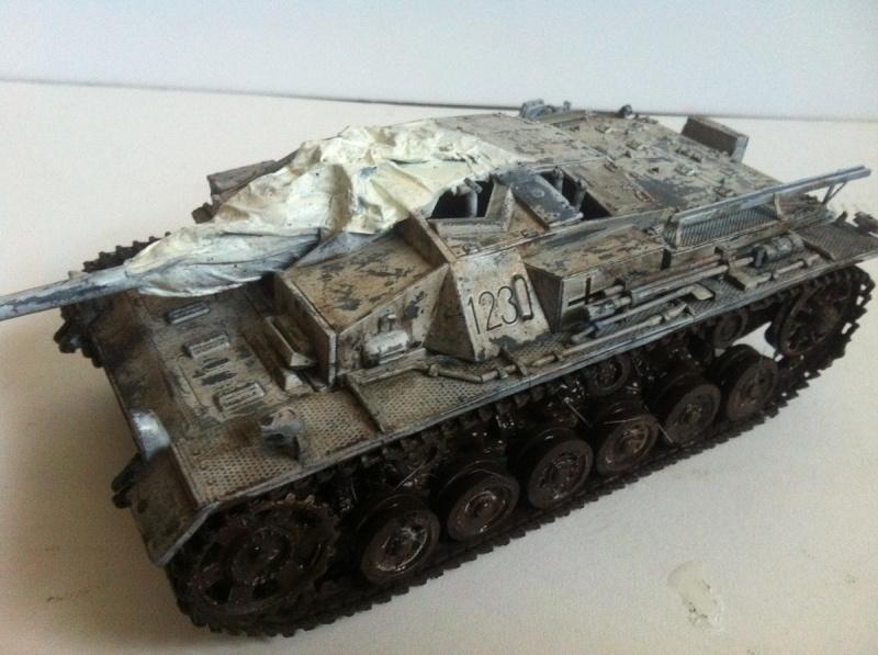 Stug III Ausf. C/D w/7.5cm L48 [Cyber Hobby 1/35] -Terminé- - Page 2 Img_1013