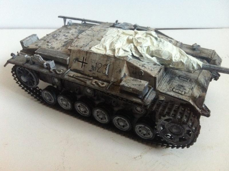 Stug III Ausf. C/D w/7.5cm L48 [Cyber Hobby 1/35] -Terminé- - Page 2 Img_1016