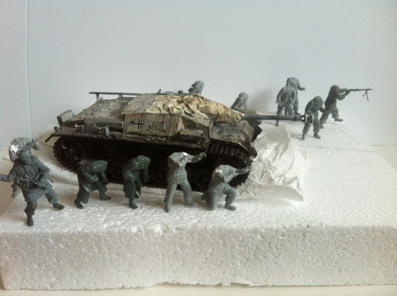 Stug III Ausf. C/D w/7.5cm L48 [Cyber Hobby 1/35] -Terminé- - Page 2 Img_1019