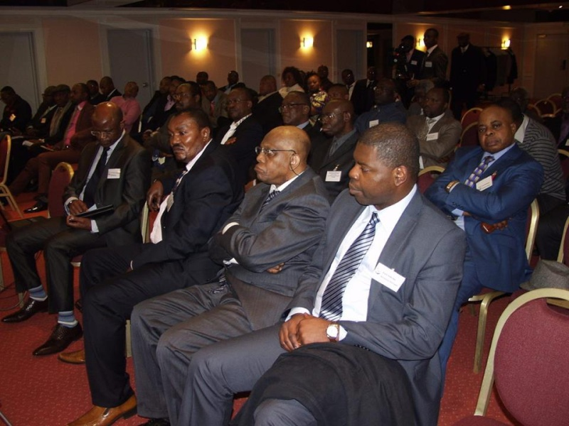 presse - Conférence de presse de l'UDPS extérieur à Bruxelles !!! 19787510