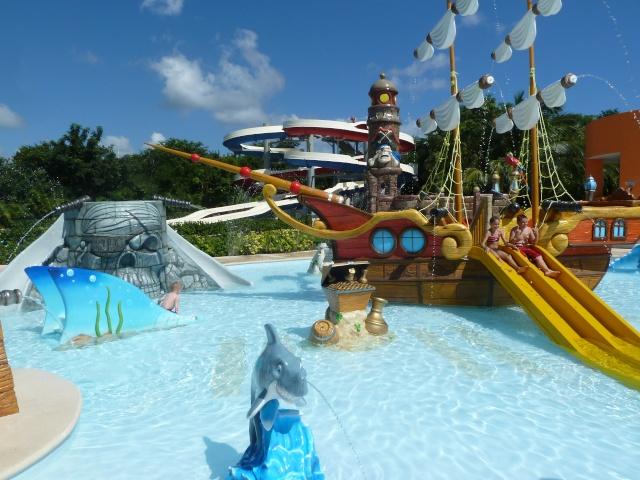Les Disney Geek retournent en Floride pour une croisière et WDW [fini!] - Page 4 P1100417