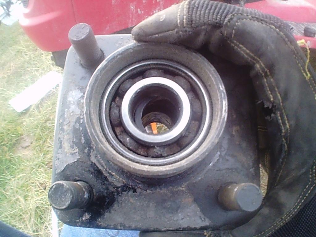 Poulan utility tractor build. Sunp0023