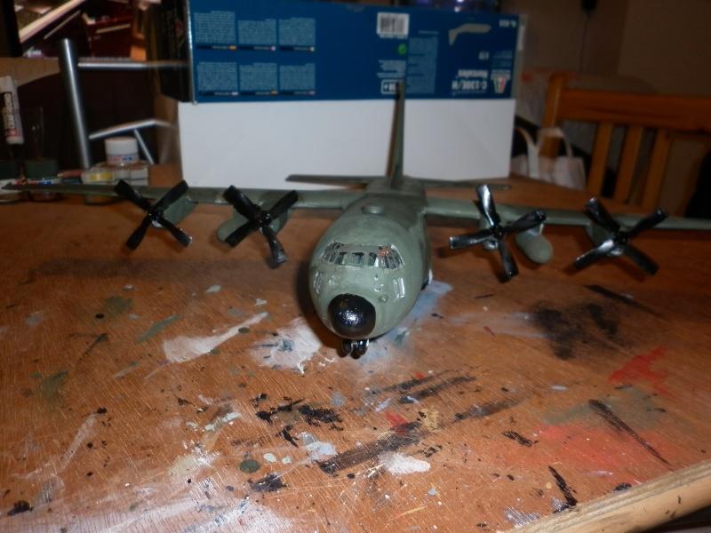 C-130E/H HERCULES DE CHEZ ITALERI AU 1/72  - Page 4 P1000780