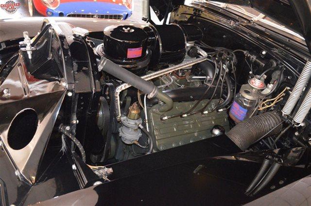 Cadillac Classic Cars 11976324