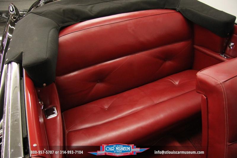 Cadillac Classic Cars 127110