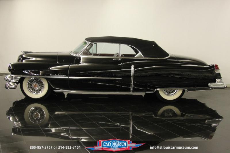 Cadillac Classic Cars 127310