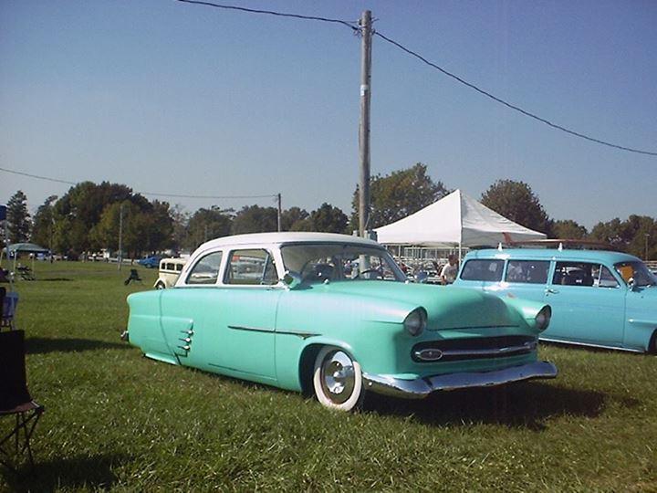 Ford 1952 - 1954 custom & mild custom - Page 3 14882410