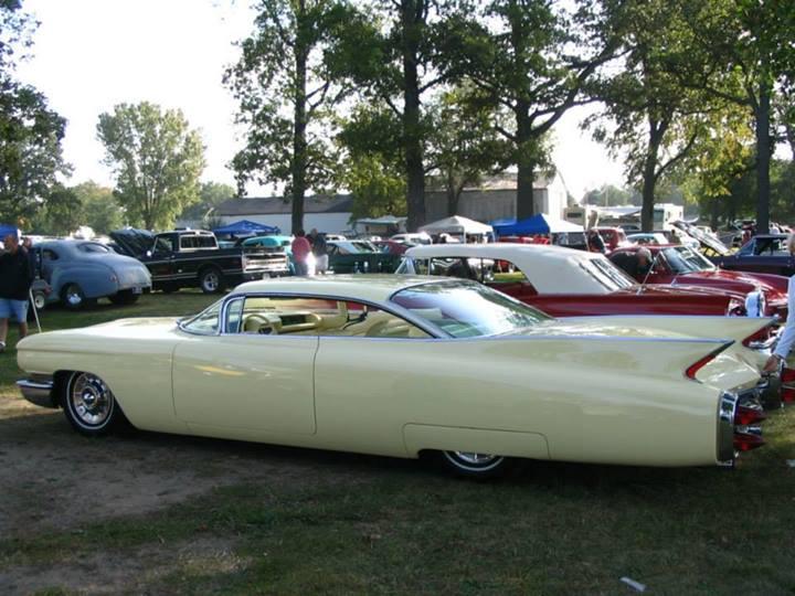 Cadillac 1959 - 1960 custom & mild custom - Page 2 15256110