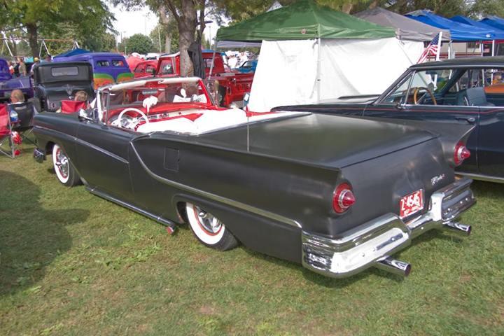 Ford 1957 & 1958 custom & mild custom  - Page 2 15387310