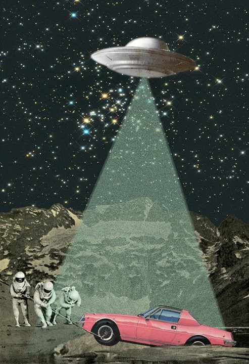 Sciences fiction, soucoupes volantes et extraterrestres - Sci Fi, Flying Saucers and Aliens 15445110