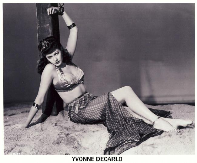 Yvonne De Carlo - actrice 15848910