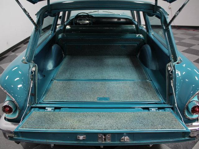 Chevrolet Classic Cars 18856910